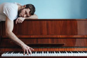 14 Of The Most Common Beginner Mistakes While Learning Piano