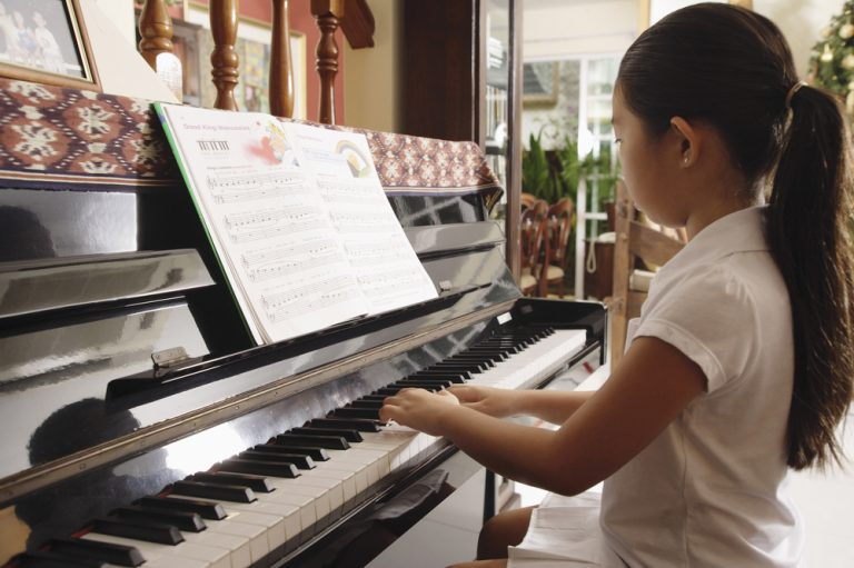 Piano Hand and Sitting Posture and Why It's Important