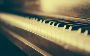 Why You Should Be Teaching Your Piano Students By Rote